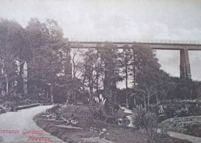 The original viaduct carrying the Newquay branch line into Newquay